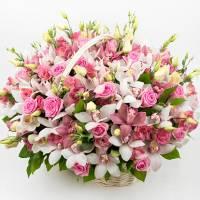 Сборная корзина с розами и орхидеями R278