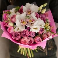 Сборный букет с кустовыми розами R002